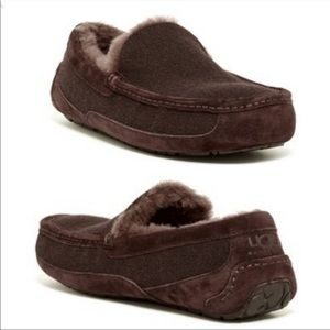 NEW UGG Australia Brown Loafers Moccasins Shoes